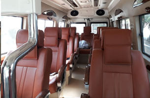 9 seater tempo Traveller on rent